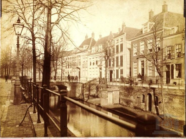 Utrecht Nieuwe gracht Fotograaf serre rond 1890. L.E. Serre 1847-1897