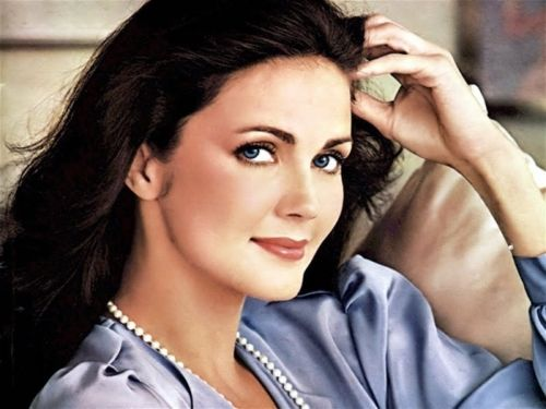 Lynda Carter (born Linda Jean Córdova Carter; July 24, 1951) is an American actress and singer, best known for being Miss World USA in 1972 and as the star of the DC Comics TV series Wonder Woman, which lasted from 1975 to 1979.