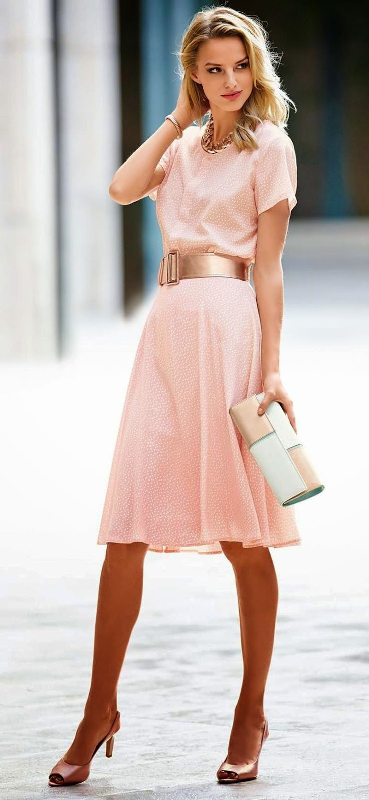 MADELEINE POWDER ROSE Silk skirt.... Love everything about this entire outfit and want it terribly!