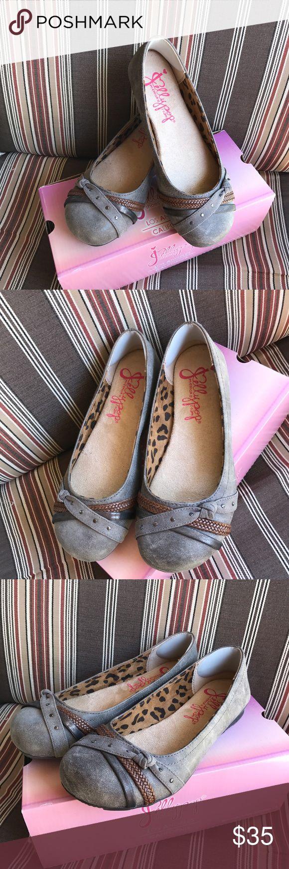 NWOT Jellypop flats Memory foam trendy flats. NWOT!!! Super cute and comfy!! Jellypop Shoes Flats & Loafers