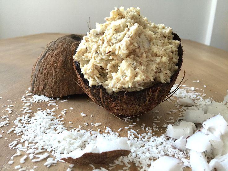 Schnelles Rezept: Kokos-Protein-Raffaello-Brotaufstrich - fit-weltweit.de