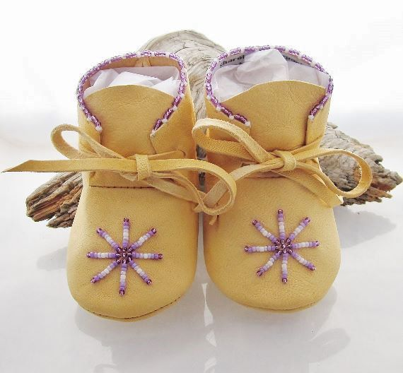 Hey, I found this really awesome Etsy listing at https://www.etsy.com/listing/189136766/native-american-beaded-baby-moccasins