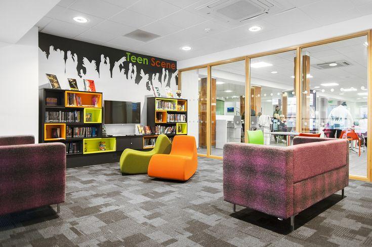 Öffentliche Bibliothek Barrhead_Angletterre_ Schulz Speyer Bibliothekstechnik AG