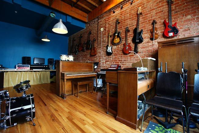 Decoracion musical todo esto tiene soluci n un sistema for Garage con studio