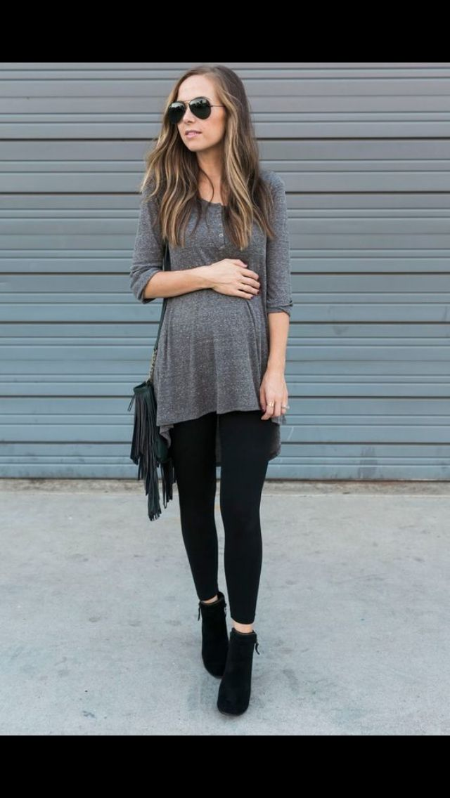 Check these gorgeous maternity style fashion tips to stay trendy and comfortable! Visit our website www.circu.net