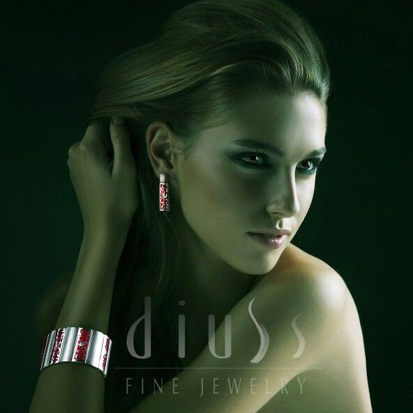 Amaizing set by Diuss. Hand made sterling silver piece of fine art for you from Budapest. Shop online.