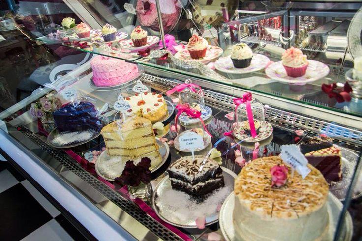 We love cake!!!