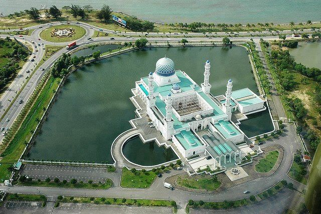 Masjid Bandaraya Likas Sabah, Malysia