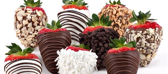 Es más sencillo de lo que parece! Puedes realizar estas magníficas fresas bañadas en chocolate, para regalar, para un cumpleaños...y para disfrutar!