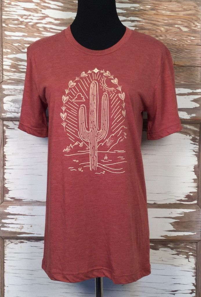 Aaah, the dessert...Soft tri blend crew neck in clay with graphic design of cactus in sand ink. We print to order so please allow three weeks for delivery.