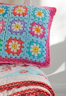 Pretty colours in crochet cushion @ Helen Philipps