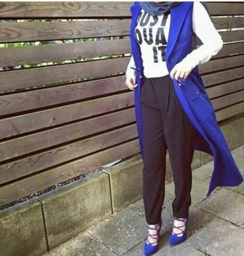 blue-vest-with-tee-hijab-style