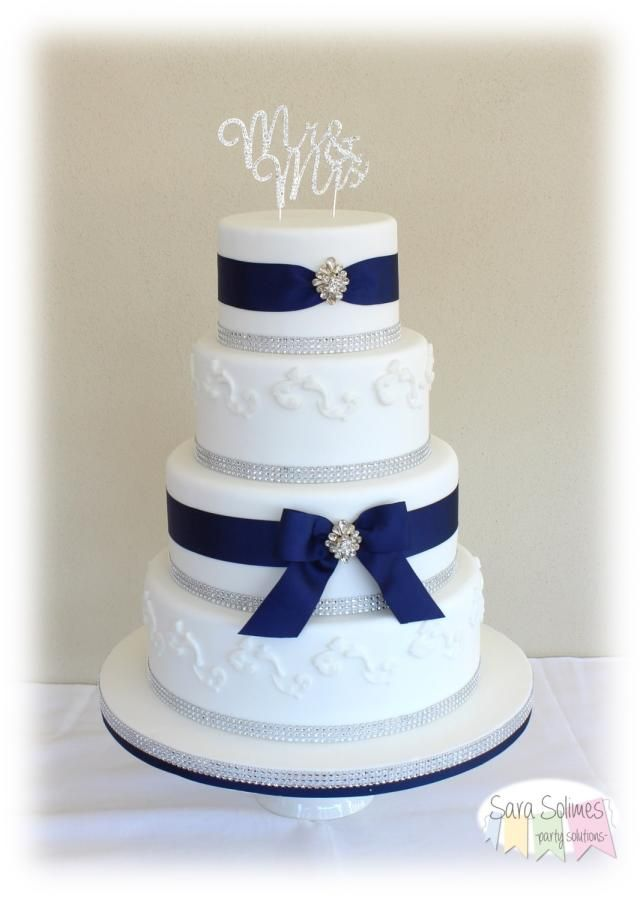 Luxury blue wedding cake by Vicious & Delicious by Sara Solimes - http://cakesdecor.com/cakes/284176-luxury-blue-wedding-cake