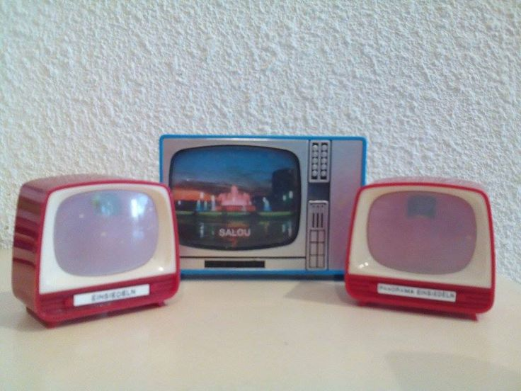 Vintage viewmasters (t.v.'s)