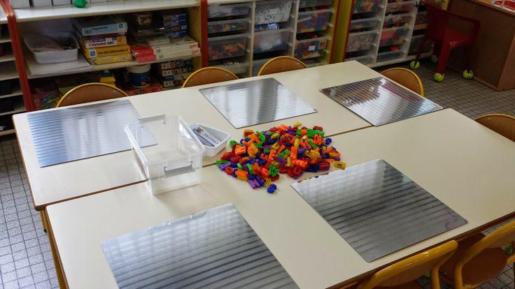 set table ikéa magnétique et lettres aimantées. sur maternelle de Laurène