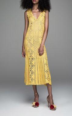 crochelinhasagulhas: Vestido de crochê by Spencer Vladimir