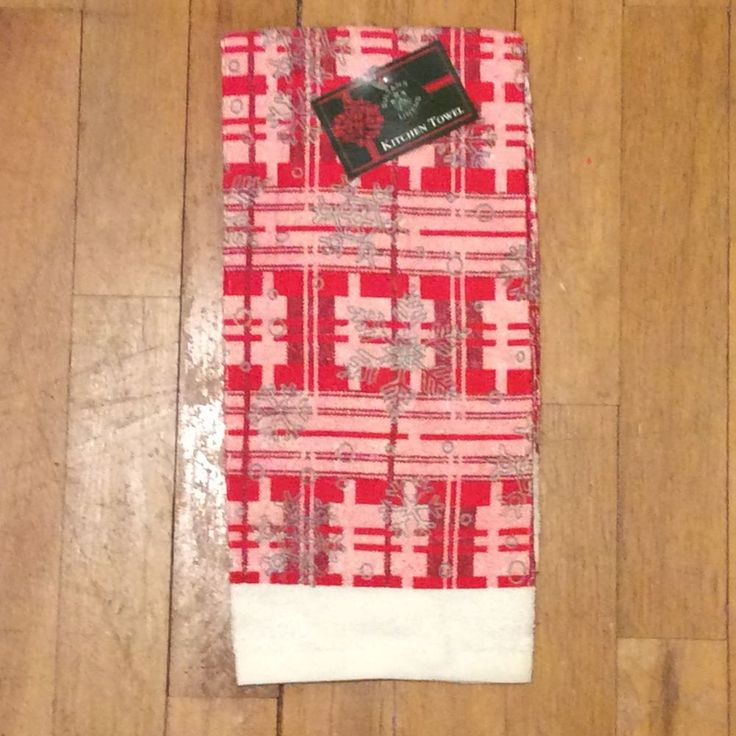 Sultan's Linens Red Plaid Snowflakes Kitchen Towel - Christmas  #SultansLinens http://www.ebay.com/itm/-/142227474375?ssPageName=STRK:MESE:IT