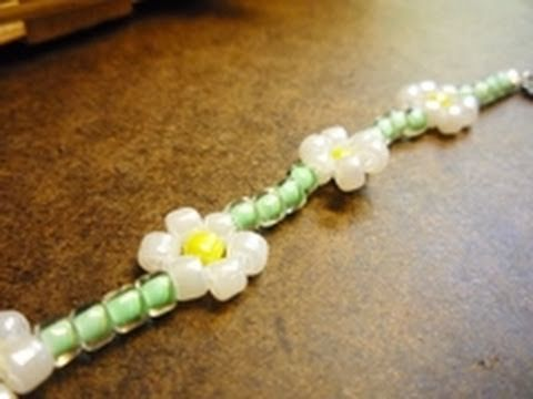 How to Make the Classic Daisy Chain Stitch - Jewelry-Making Technique - YouTube