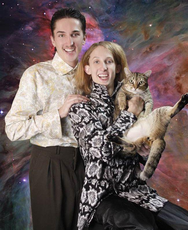 29 Whitest Awkward Family Photos -