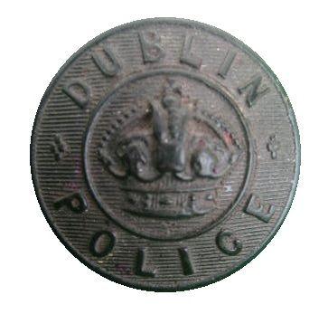 Dublin Metropolitan Police, scarce black horn button