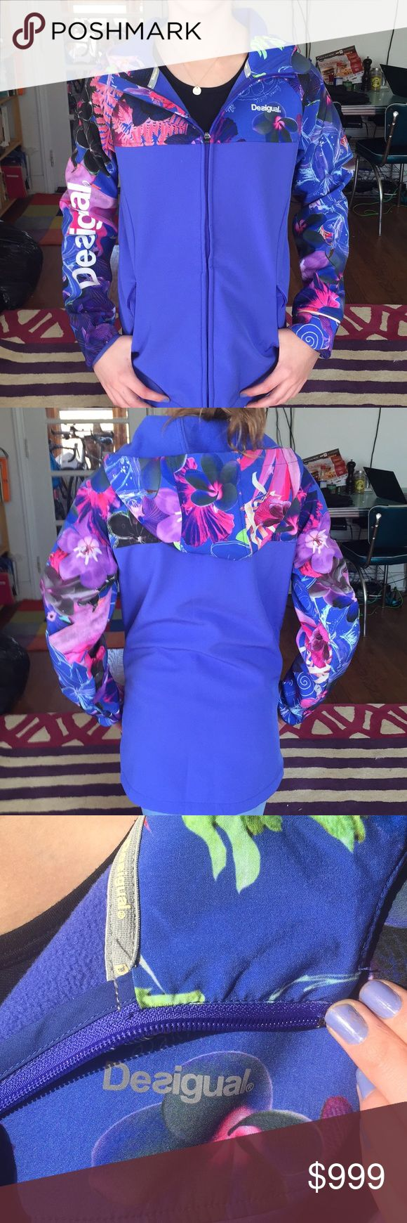 Desigual fleece sporty excellent condition Small Sporty