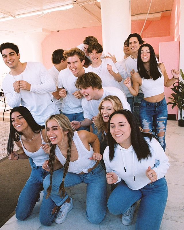 What Is Tiktok S Hype House And Who Lives In It In 2020 American