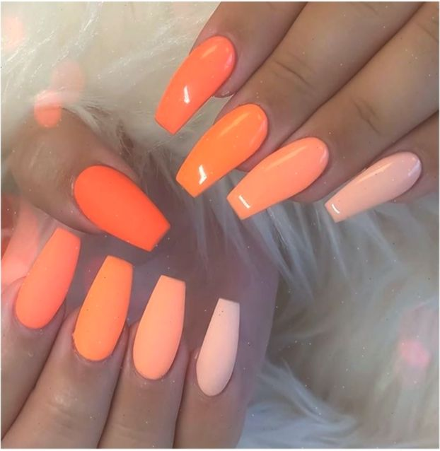 43 Wahnsinnige Nagelideen Fur Sargformige Nagel Ngel Orangenails In 2020 Coffin Shape Nails Swag Nails Orange Nail Art