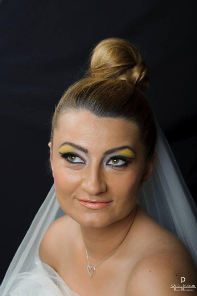 viitoare mireasa  https://www.facebook.com/dinparultau Hair: Dinut Elena Make-up:Alina Bedeleanu