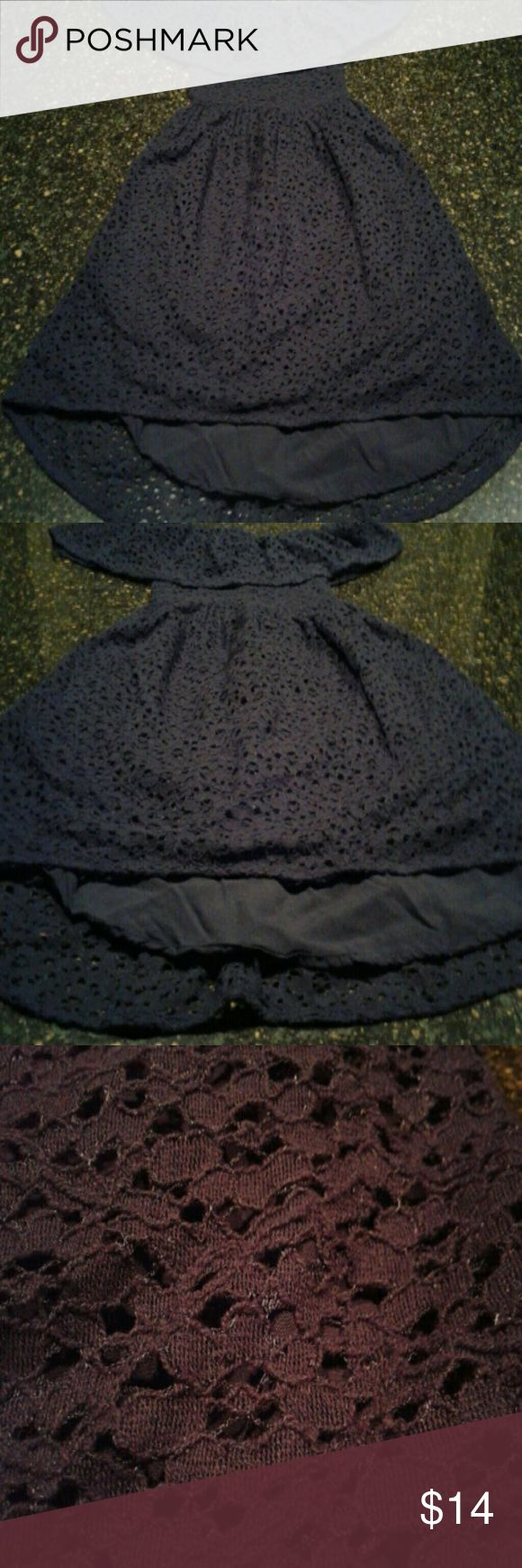 Abercrombie Girls Dress Very nice Navy Blue Girls dress.. Very stylish and perfect condition.. Size M in girls and goes for about 30-35 new Abercrombie & Fitch Dresses Casual