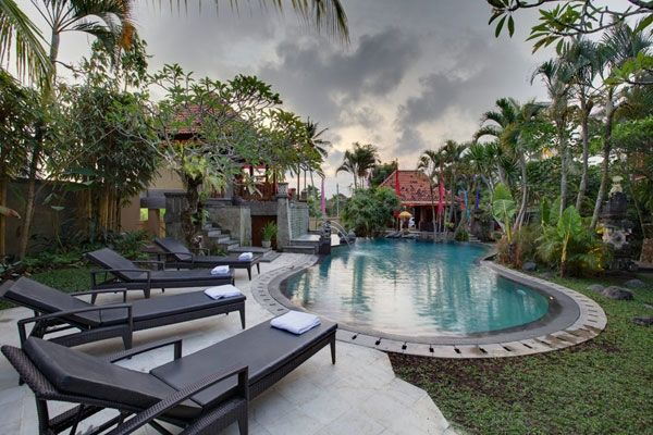 Sonia Villa located in Ubud Bali.  Sonia Villa surrounded by the garden, this villa has 9 spacious room. Every room has a refrigerator, air conditioned, TV, toiletries, Wi-Fi. Local attraction monkey forest, take 5 minutes from the villa, 25 minutes walk to the center of Ubud and Ngurah Rai International Airport take 90 minutes drive. Perfect for holiday. http://www.zocko.com/z/JGXO8