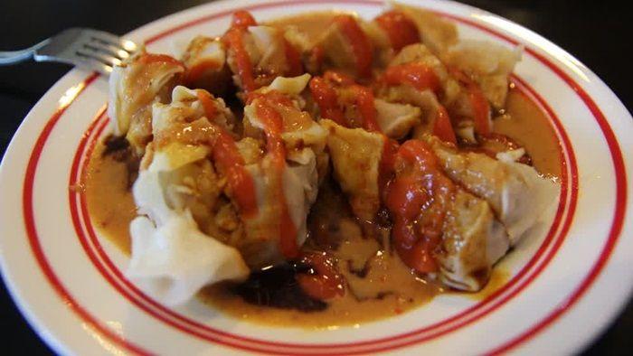 Baca info resep siomay NCC Bandung batagor enak dari ayam, ikan tengiri, udang, daging babi mudah dan praktis. Lihat cara membuat nya cuma di sini.