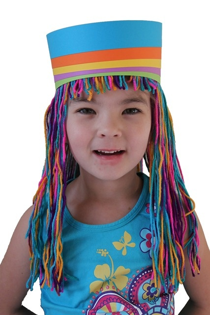 Wacky wigs made of ribbon, yarn, streamers. Directions for five different ones. #Wigs