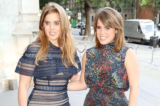 Принцессы Беатрис и Евгения стали самыми стильными гостьями на вечеринке V&A Party в Лондоне