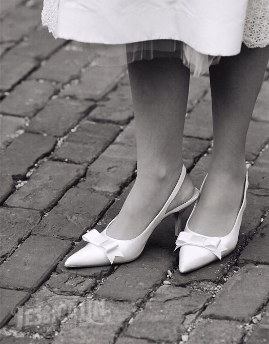 #wedding #shoes #bride #heels #detail #bows #Distillery #district #cobblestone #feminine #Toronto #JessicaLinPhotography