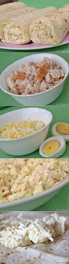 Рулеты из лаваша с курицей и плавленым сырком (рецепт см. под фото)