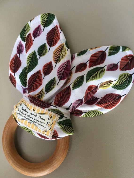 Vintage Leaf Organic Wooden Teething Ring by BabyAndBee on Etsy