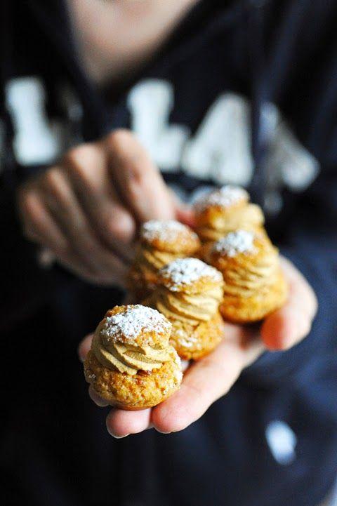 Dorian cuisine.com Mais pourquoi est-ce que je vous raconte ça... : Les bonnes idées sont les plus simples ! La preuve en choux pralinés à la crème de café !