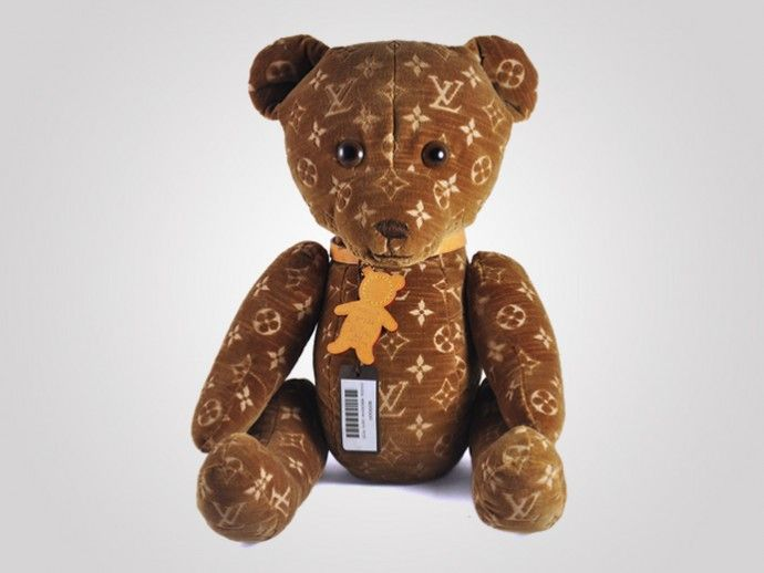 Item 13: DouDou Teddy Bear, edição limitada feita pela grife Louis Vuitton. #wishlist #listadedesejos #luxo #brinquedos