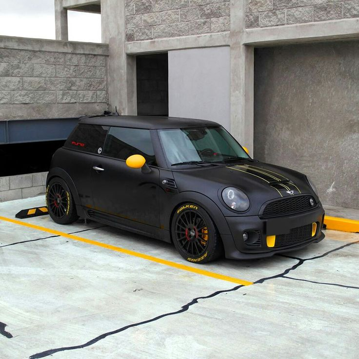 "If I could fit in these I would totally drive one like this haha. Supersturismo GT 17"" on Mini Cooper S JCW"