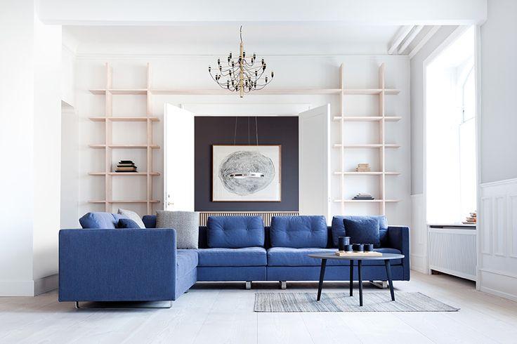 En modul sofa med mange kombinasjonsmuligheter, med store vedbare puter og upåklagelig komfort og holdbarhet.