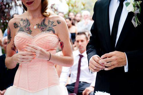 tatueringar sex stort bröst