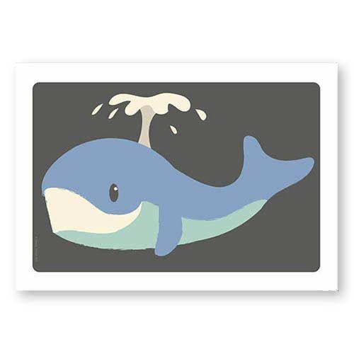 Poster Walvis A4. Deze stoere walvis spettert van de muur in elke kinderkamer! Ook te gek als collage in combinatie met de andere posters en kaartjes van Studio Circus. Zo maak je een vrolijke beestenboel aan de muur!