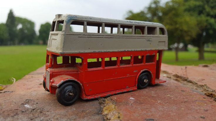 Vintage Dinky Toys 290 Leyland Bus - Green and Cream | eBay