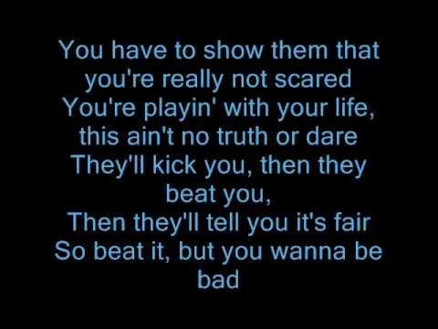 """""""Beat It"""" (¡Lárgate!) es una canción escrita e interpretada por el artista estadounidense Michael Jackson y coproducida por Quincy Jones para su segundo álbum como solista, Thriller (1982). Fue la tercera canción del álbum lanzada como sencillo, siguiendo a """"The Girl Is Mine"""" (un dueto con Paul McCartney) y """"Billie Jean"""". """"Beat It"""" ganó dos premios Grammy en las categorías de """"mejor canción del año"""" y """"mejor voz masculina de rock""""."""