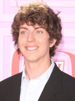Actor Taran Noah Smith Is 30 | Celebrity Birthdays: April 8 | Comcast.net