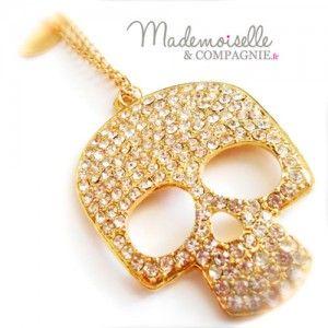 Le sautoir Skull http://mademoiselleetcompagnie.fr/bijoux/colliers/skull  à partager sans modération ;)