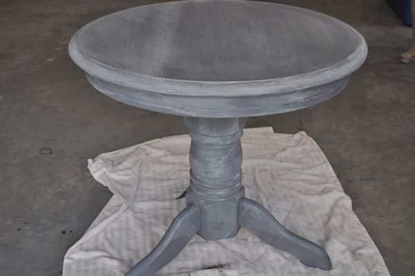 DIY step-by-step guide to whitewashingfurniture.  This is great and she uses sherwin williams glaze.