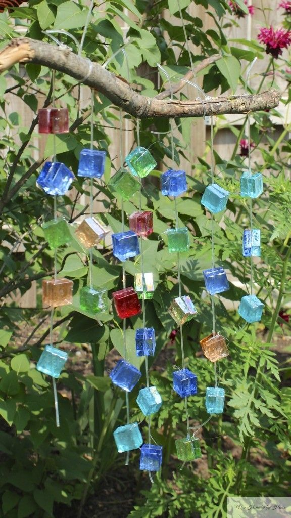 DIY wind chime! So easy to make and I love the coloured glass tiles!