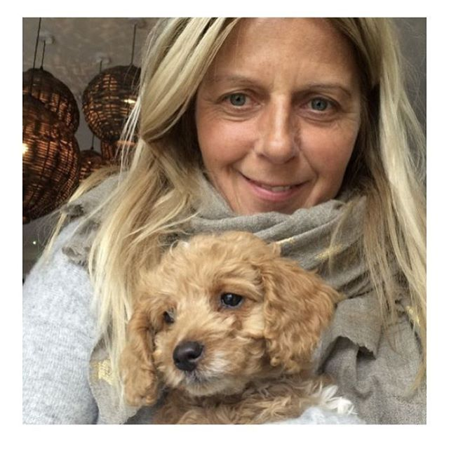 Say hello to the gorgeous Nicola (@foragesomerset). Being a super mum and an amazing businesswoman doesn't leave her much time for lengthy facials and indulgent spa treatments. So she keeps it simple - and swears by our Beauty Restorer Ritual to maintain her glowing complexion. Nicola - we salute you🙌(for your skin and your too cute dog)…