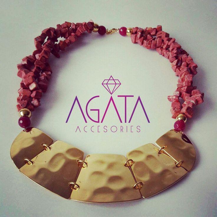 Coral sponge necklace.